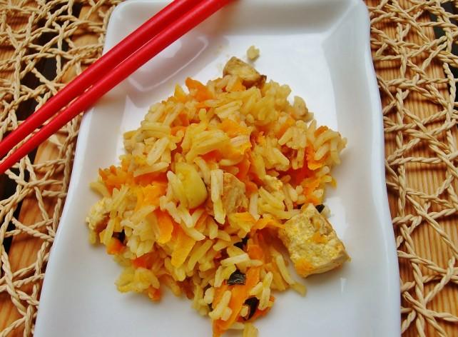 Ryż z tofu na ostro