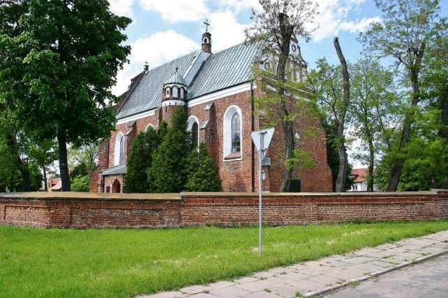 Zamek w Oporowie, Sobota