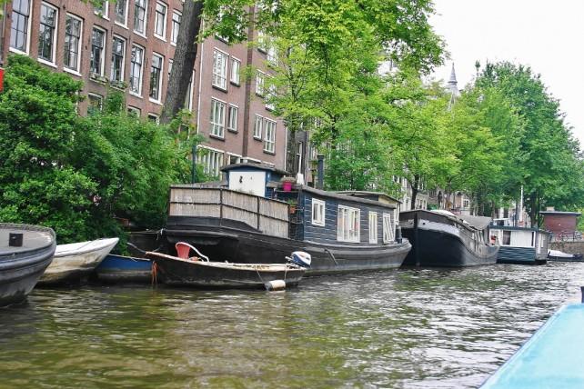 Amsterdam - kanały, rowery - mieszkanie w łódce