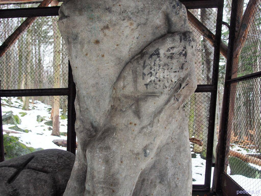 Góra Ślęża kultowe rzeźby