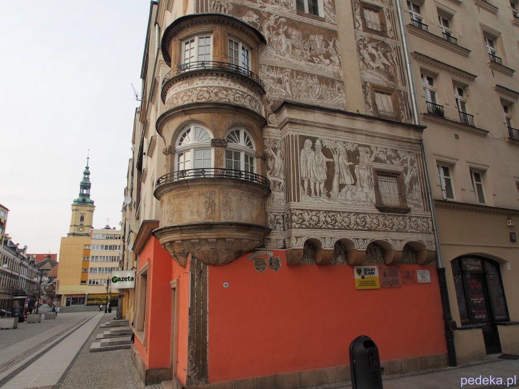 Zwiedzanie Legnicy, Dom pod Przepiórczym Koszem