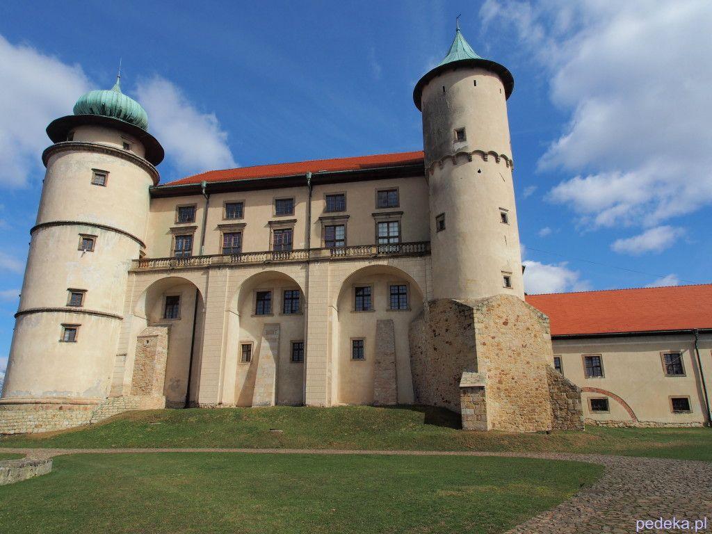 Zwiedzanie zamku w Wiśniczu