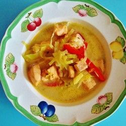 Zupa jarzynowa z łososiem