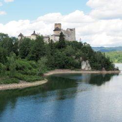 Zwiedzanie zamku Dunajec w Niedzicy