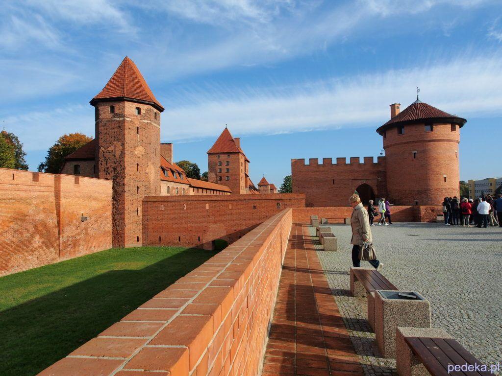 zwiedzanie zamku w Malborku