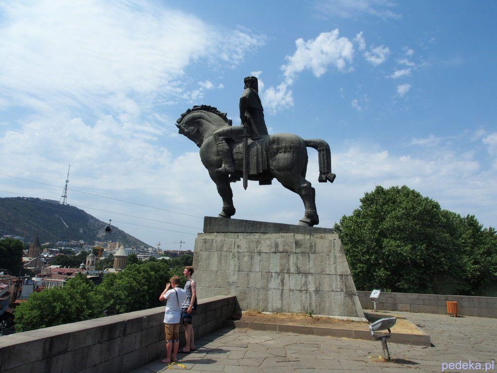 Pomnik króla w Tbilisi