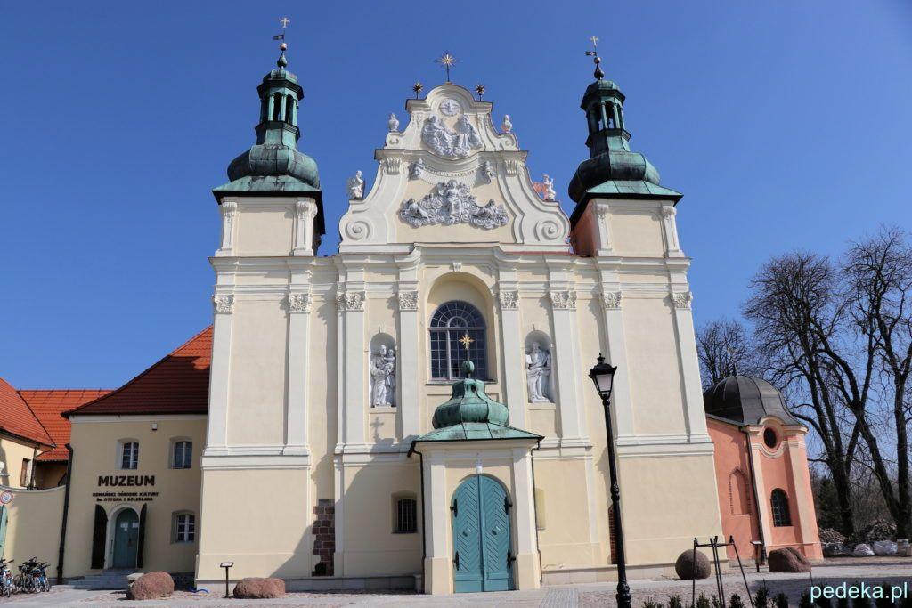 Kościół z przodu