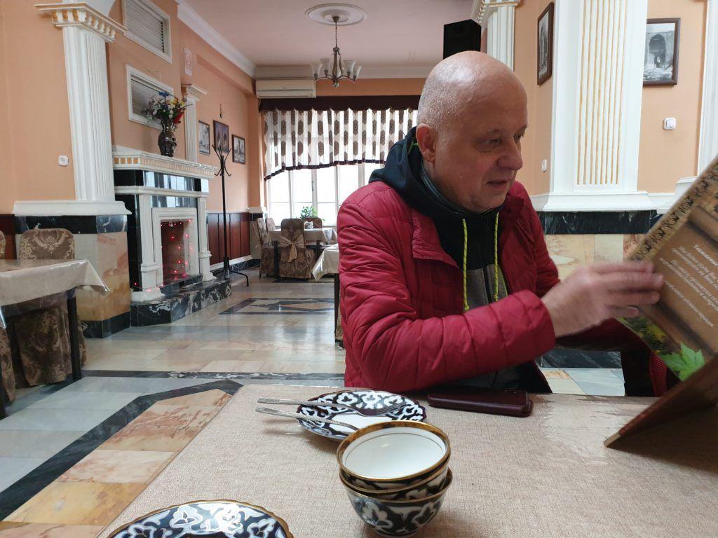 Samarkanda dzień ostatni.  Marcin szuka potraw