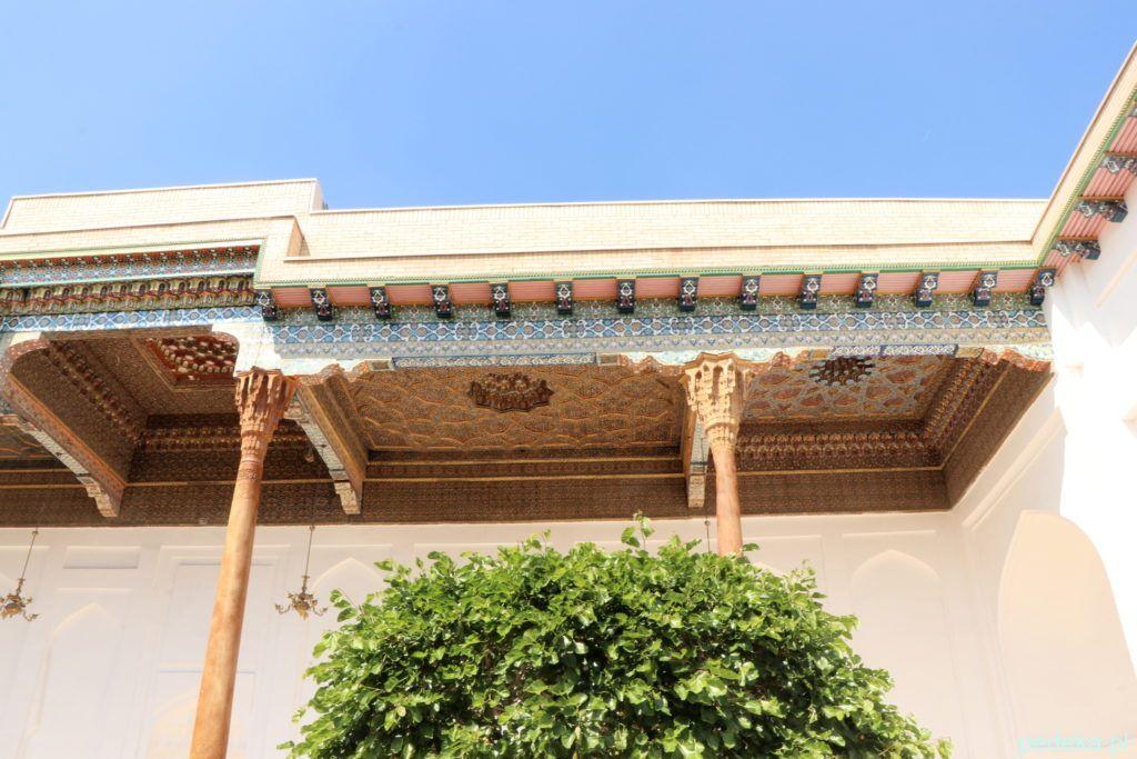 Wycieczka po okolicach Buchary. Kolumny i dekoracje