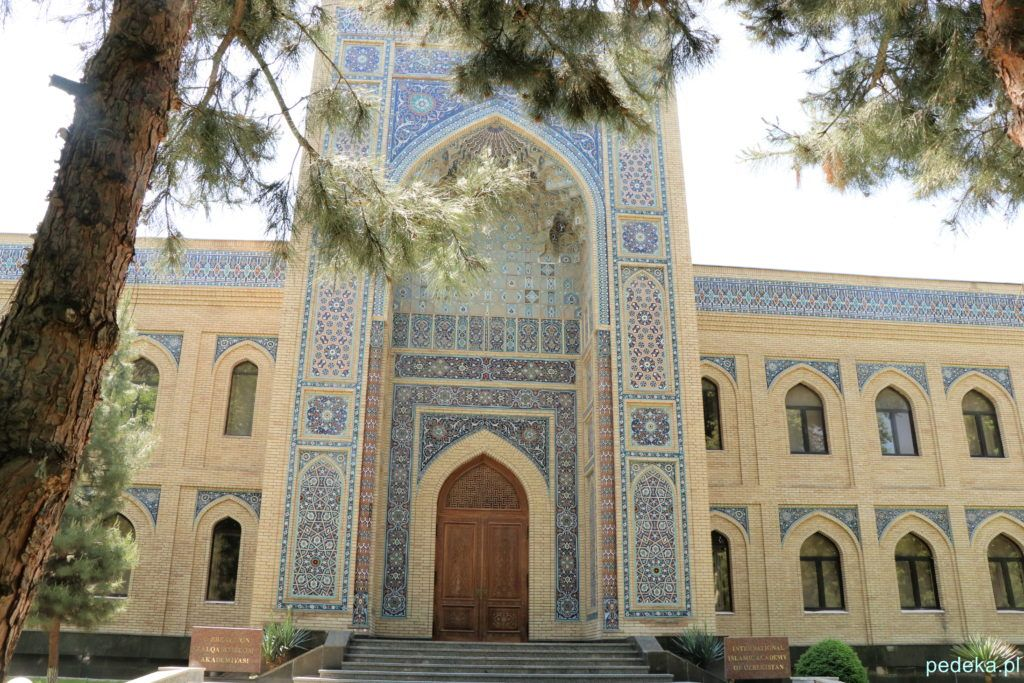 Taszkient. Akademia Islamska