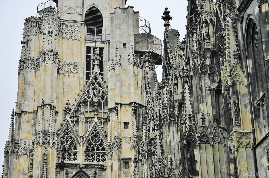 Jeden dzień w Wiedniu, katedra