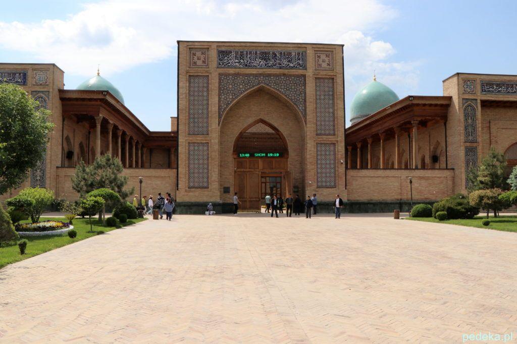 Taszkient. Meczet w kompleksie Hast Imam