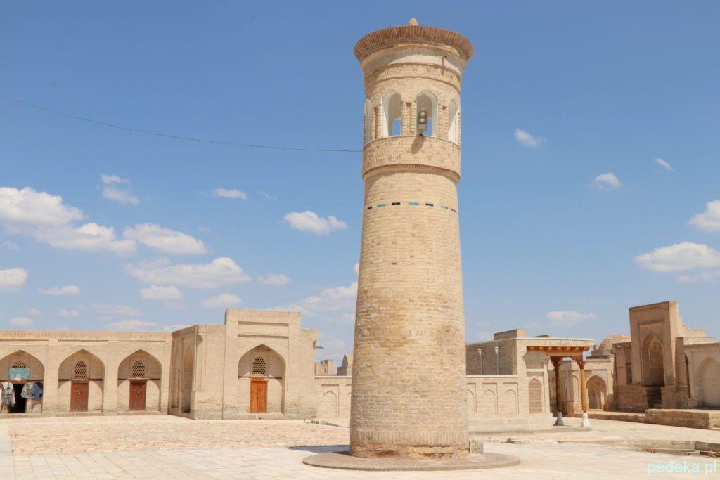 Wycieczka po okolicach Buchary. Minaret