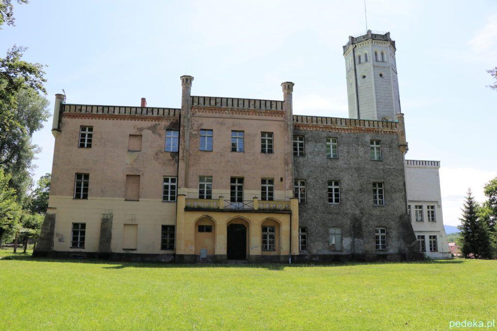 Pałac w Mysłakowicach, widok od strony parku