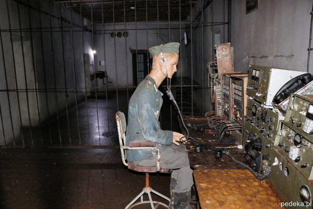 Mamerki. Żołnierz niemiecki przy radiostacji