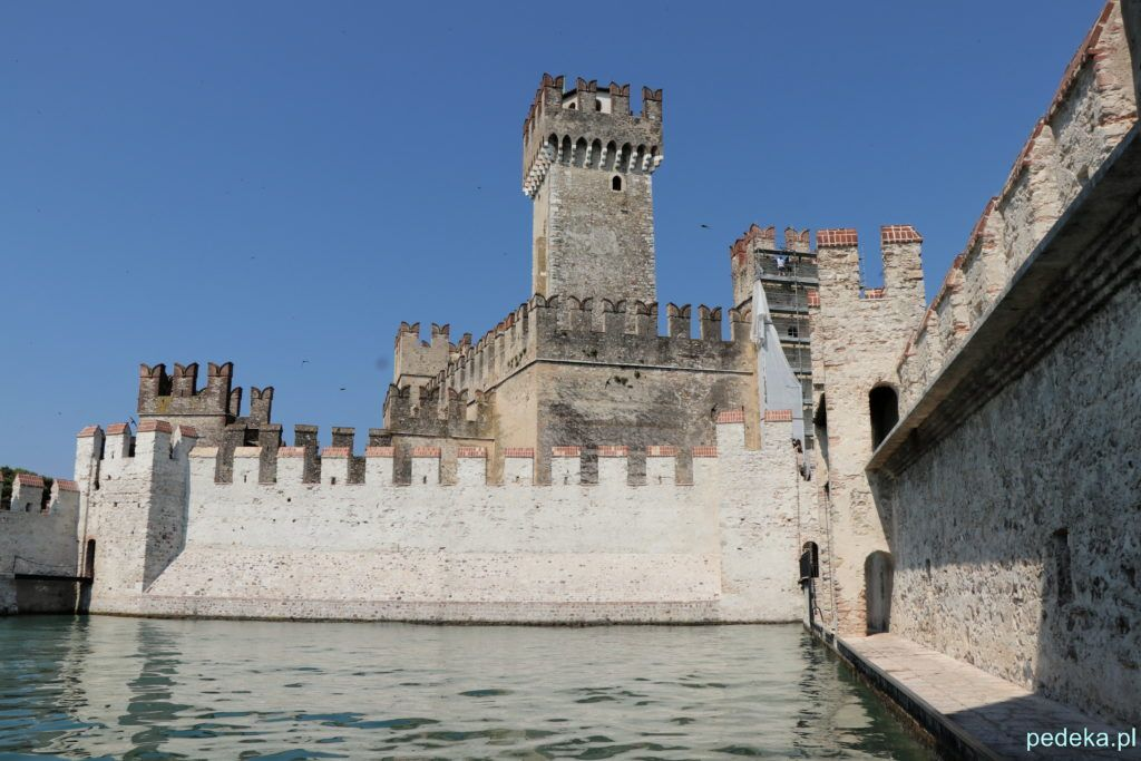 Wieża zamku w Sirmione