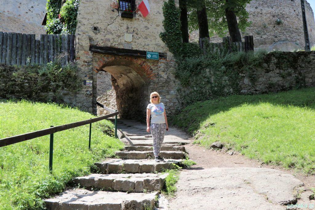 Wejście do zamku i ja