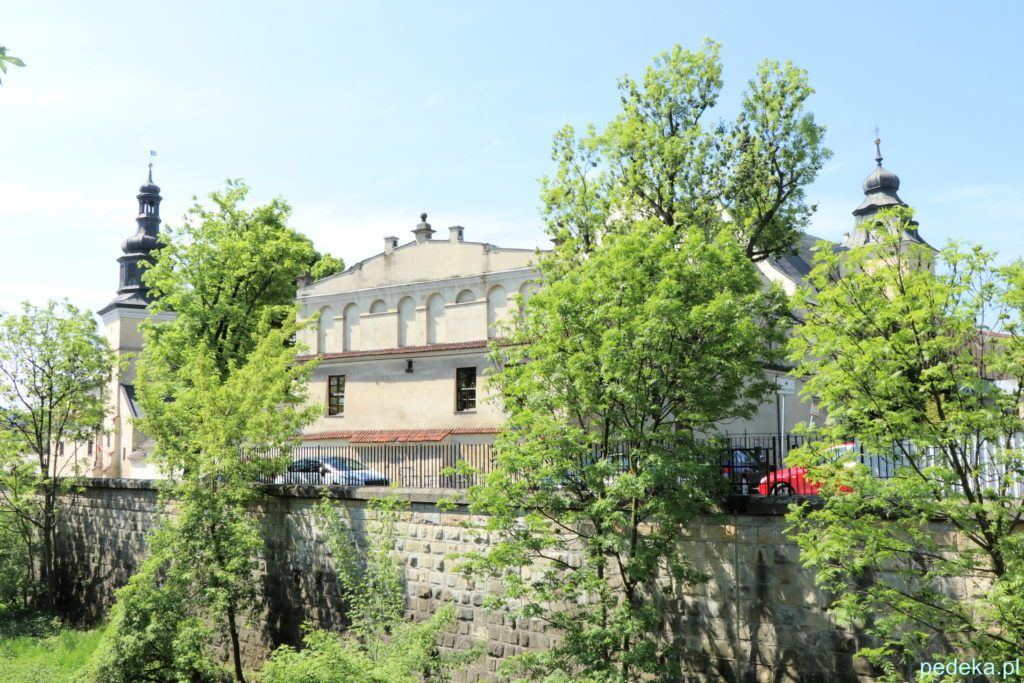 Klasztor i kościół norbertanek, widok z drugiej strony
