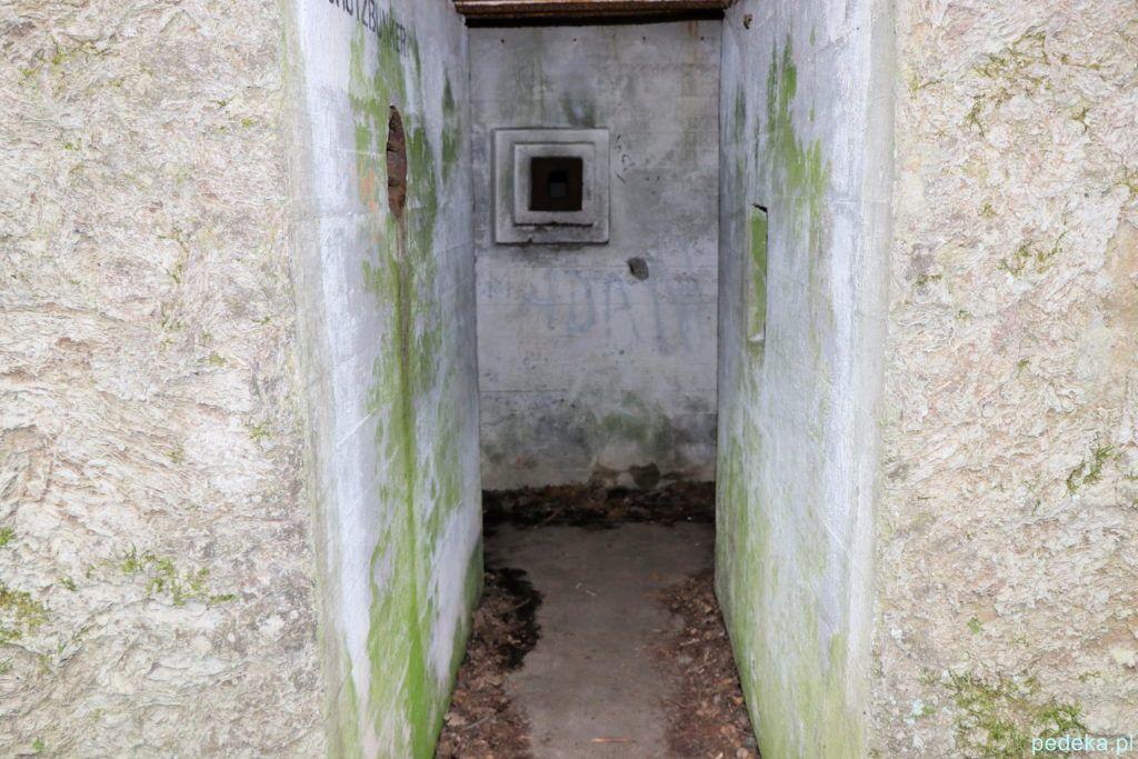 Mamerki. W środku bunkra