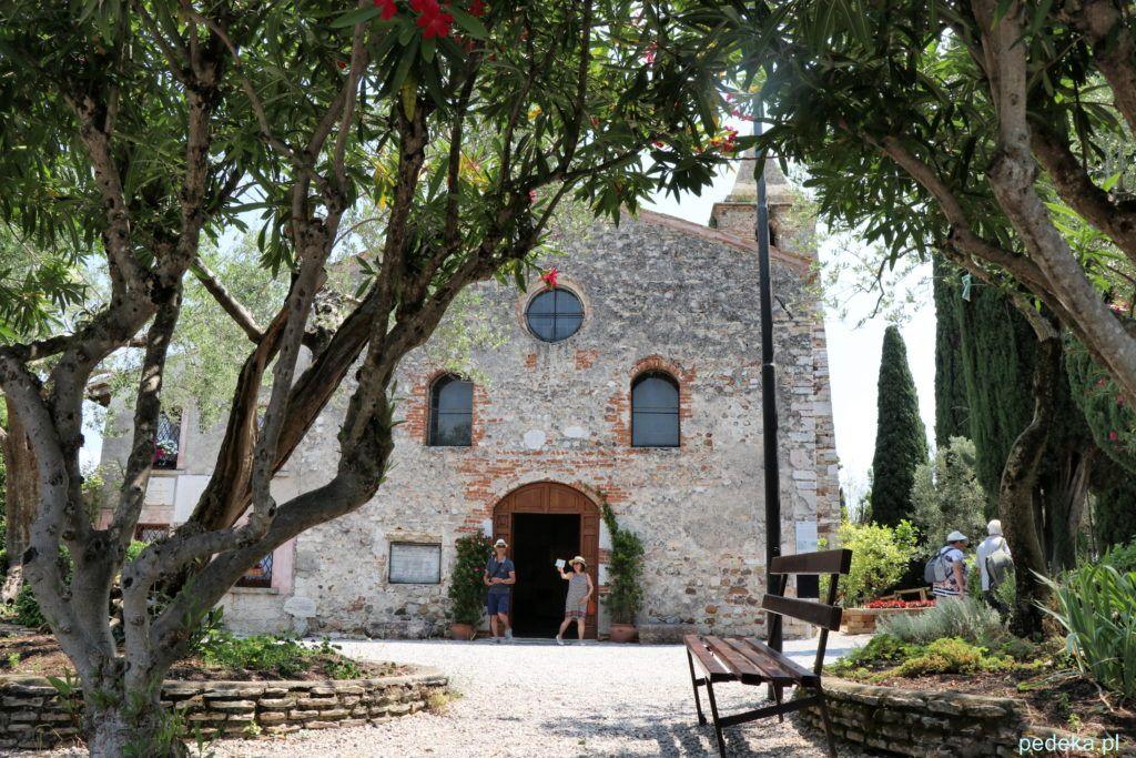 Kościół romański pod wezwaniem św. Piotra