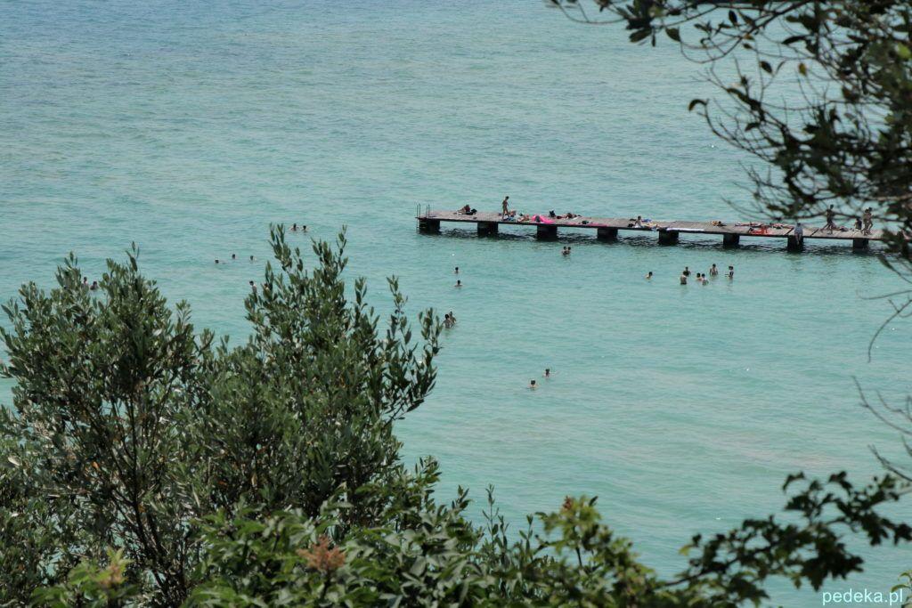 Kąpielisko nad jeziorem