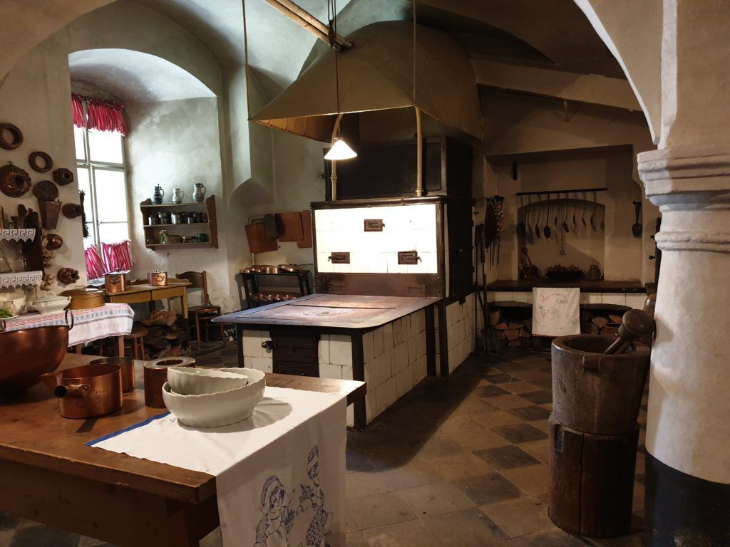 Zamek Frydlant w Czechach. W zamkowej kuchni