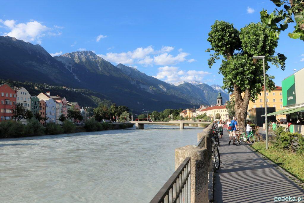 Innsbruck. Promenada nad rzeką