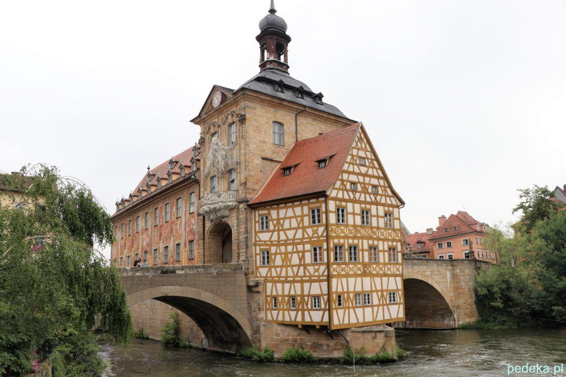 Bamberg. Ratusz i obie jego części