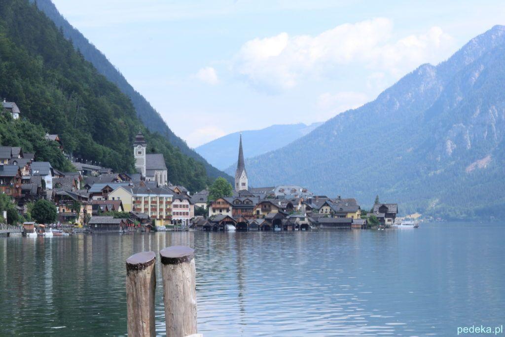 Miasto z jeziorem
