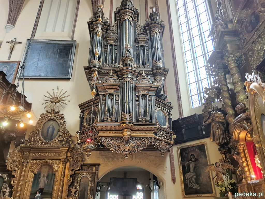 Piękne organy w przyklasztornym kościele