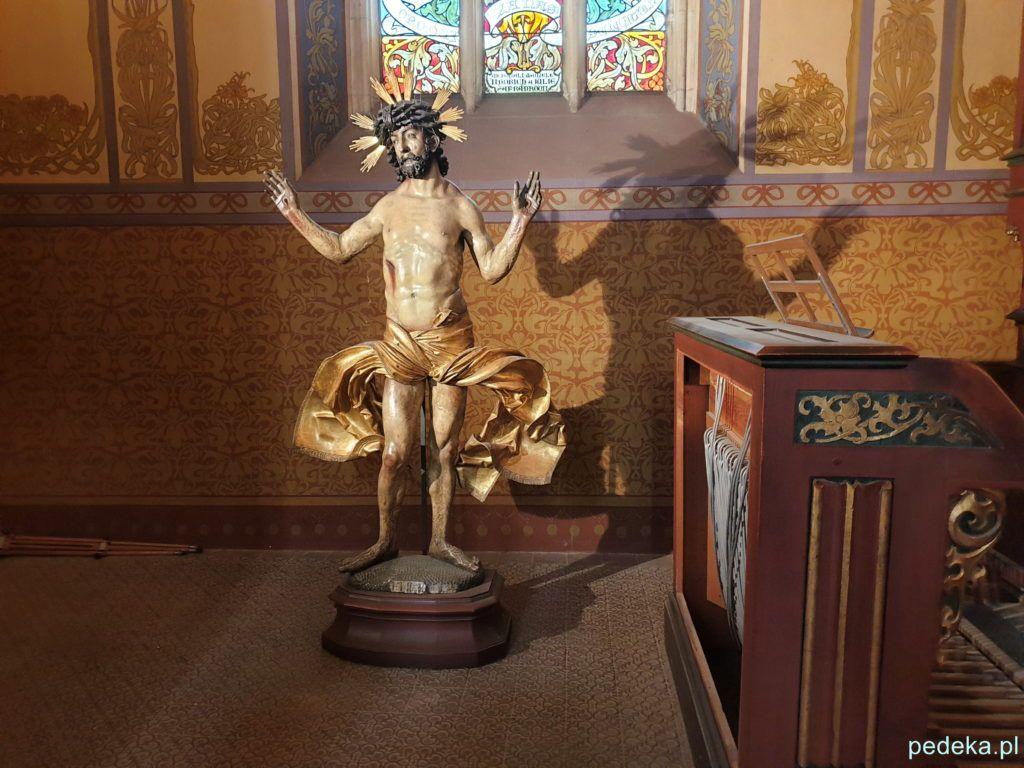 Chrystus w kaplicy
