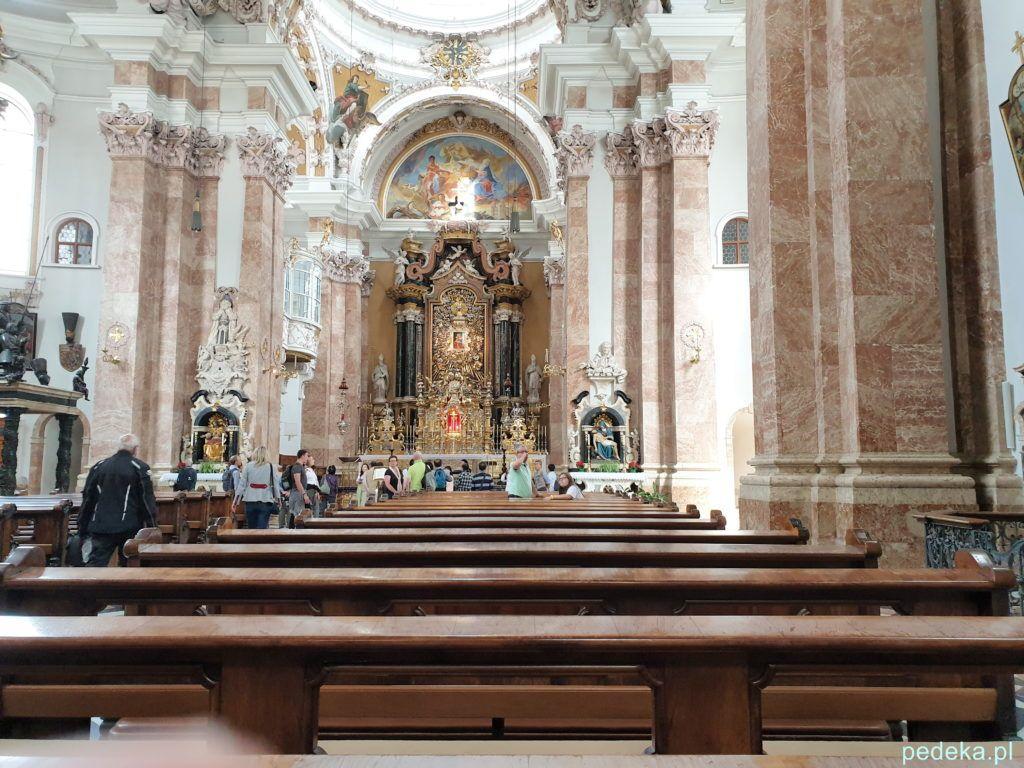 Innsbruck. Ołtarz w katedrze