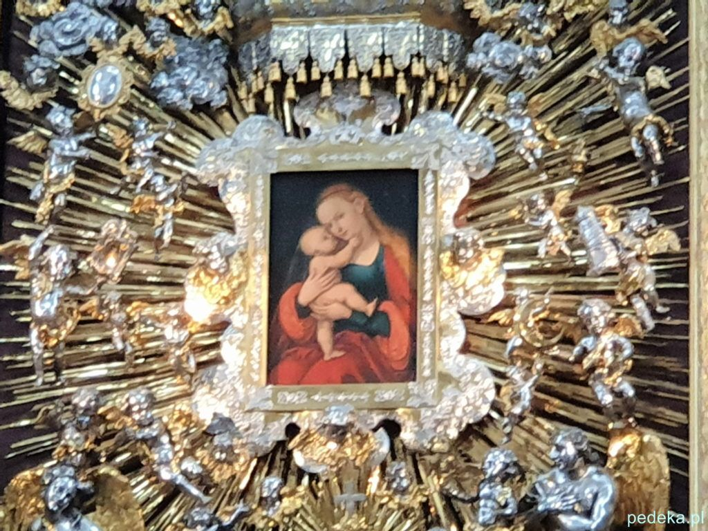 Innsbruck. Obraz Cranacha w ołtarzu w katedrze