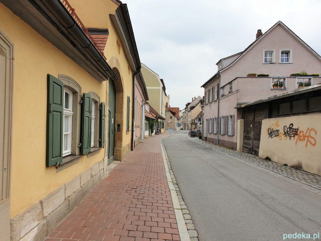 Bamberg. Niskie domki w dzielnicy ogrodników