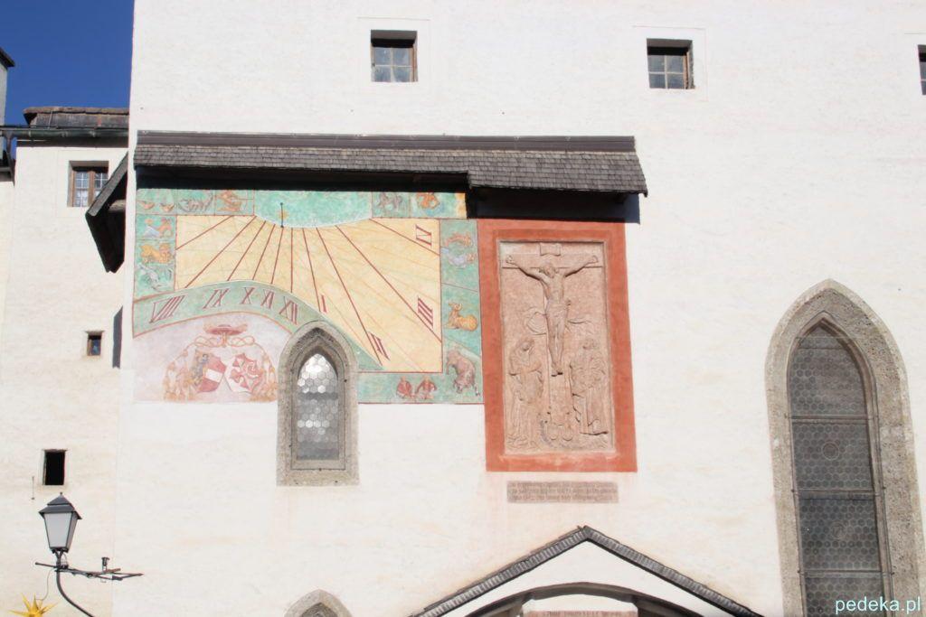 Salzburg, fasada kościółka na wzgórzu zamkowym