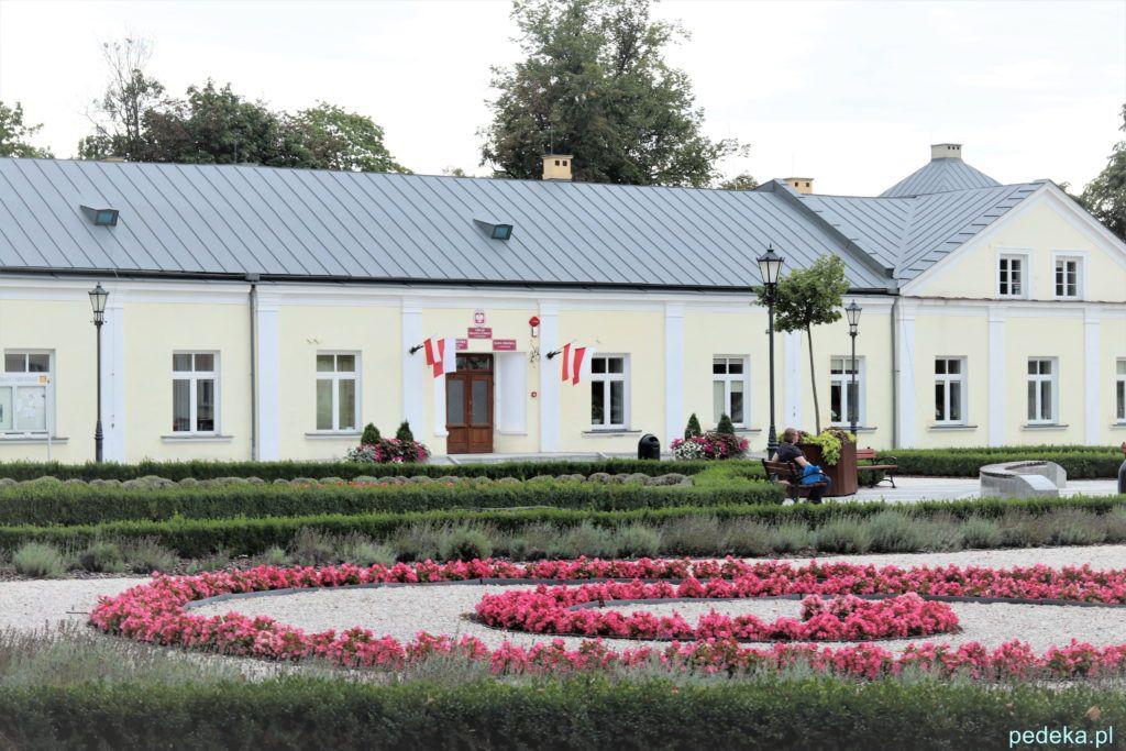 Końskie. Dawny pałac