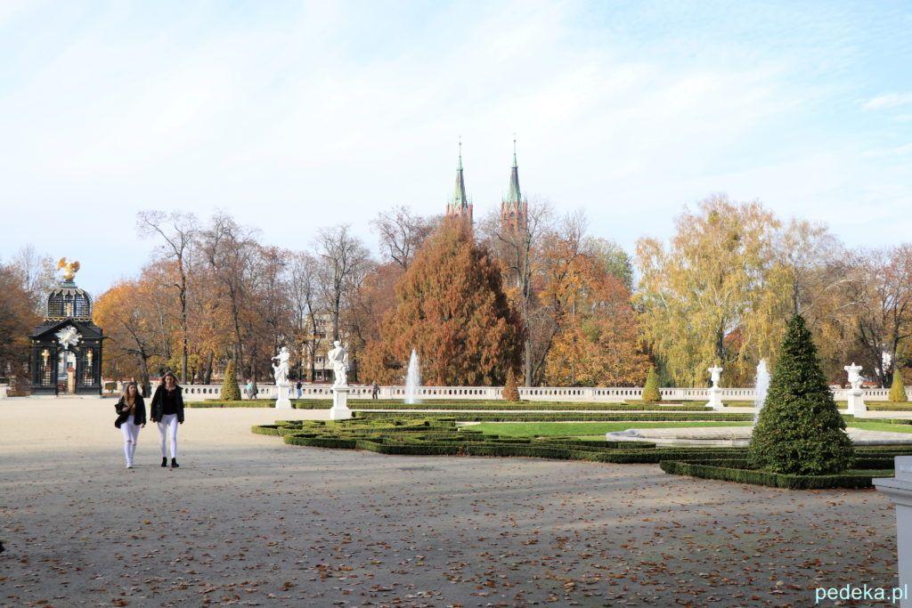 Białystok. W pałacowym parku
