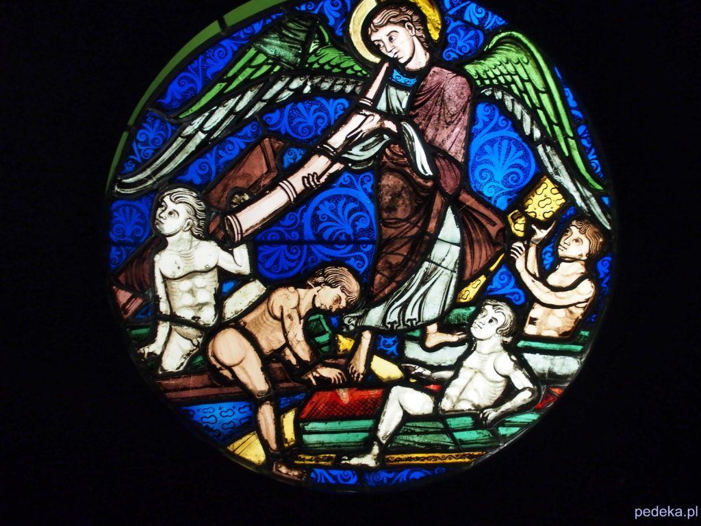 Jeden dzień w Paryżu. Muzeum Sztuki Średniowiecznej, witraż