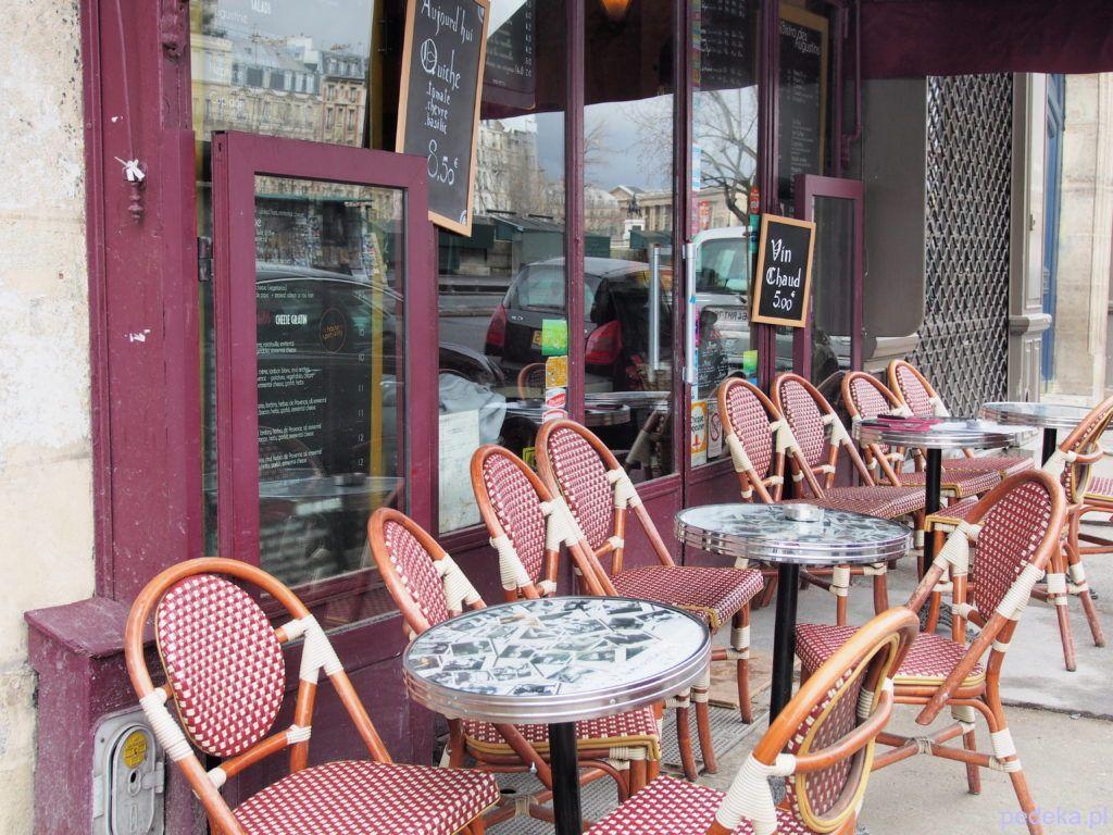 Jeden dzień w Paryżu. Restauracja