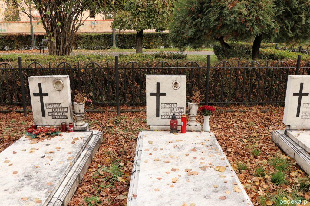Braszów. Groby, tych, którzy zginęli w 1989 roku