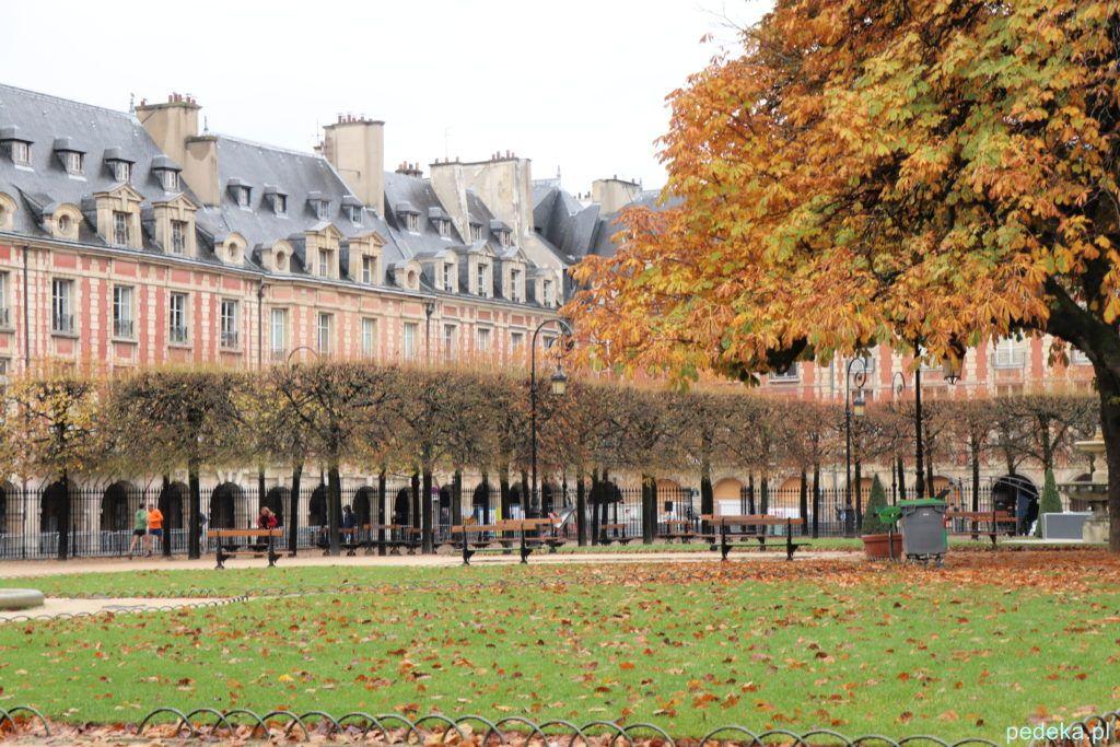 Paryż Le Marais. Plac Wogezów