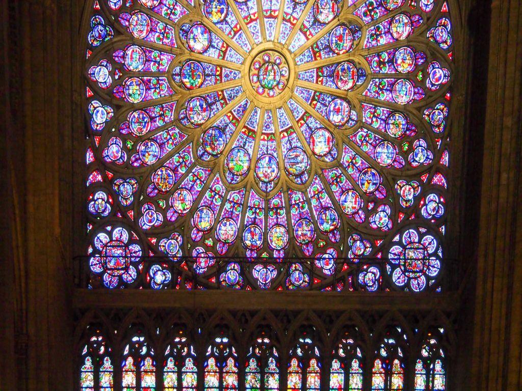 Katedra Notre Dame. Rozeta przed pożarem