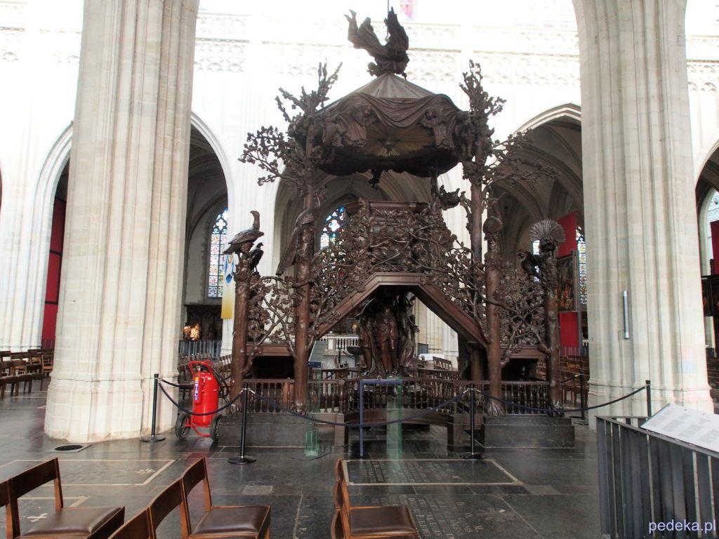 Jeden dzień w Antwerpii. Ozdobna ambona