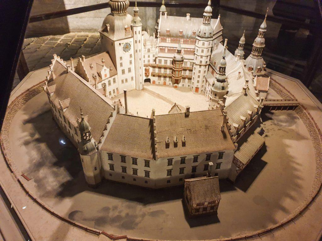 Kopenhaga przed świętami. Makieta przedstawiająca dawny wygląd zamku