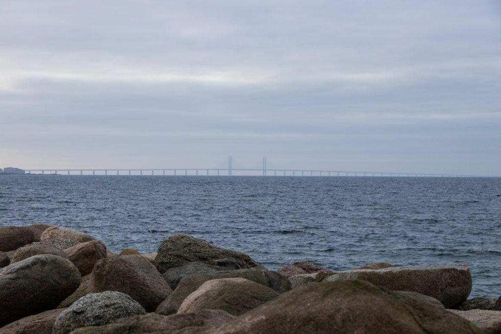 Most w oddali