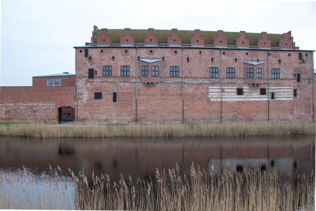 Zamek i fosa