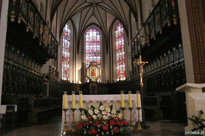 Katedra św. Jana w Warszawie. Ołtarz główny