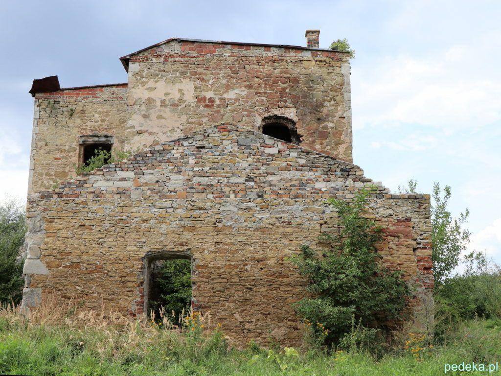 Weekend w Górach Świętokrzyskich. Ruiny zamku w Ćmielowie