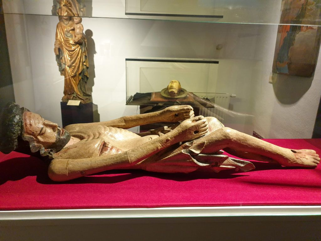 Figura Chrystusa w muzeum