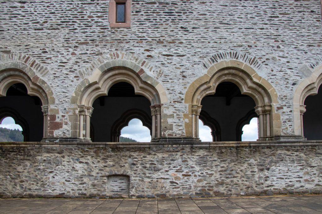 Vianden zamek, galeria bizantyjska od strony tarasu